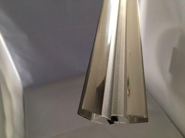 #3251 Magnetdichtung Set 135° für 6+8 mm Glas, Länge 2m(Set =2x 2 Meter), verchromt